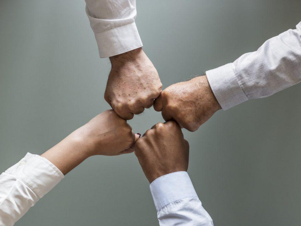 Hoe Teambuilding aan Tafel helpt bij het ontwikkelen van onderlinge samenwerking